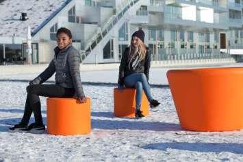 Loop Cone tafel wordt omschreven als speels, flexibel en modulair