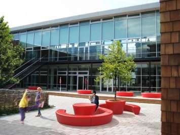 Loop Cone tafel voor universiteiten en scholen