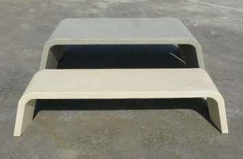 Mimetic tafel van beton voor de openbare ruimte
