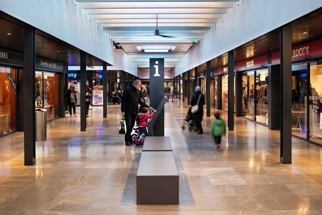 Passepartout bankjes voor winkelcentrum Gelderlandplein