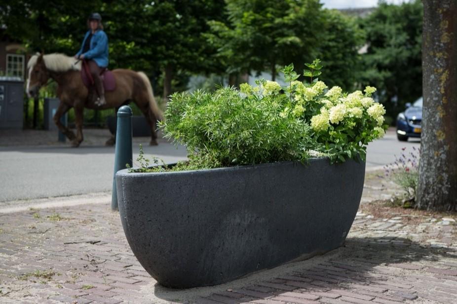 Dorpsraad Groessen kiest voor bloembak NAU