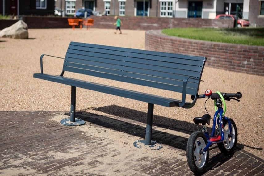 Zaltbommel plaatst Parco straatmeubilair in nieuwbouwwijk
