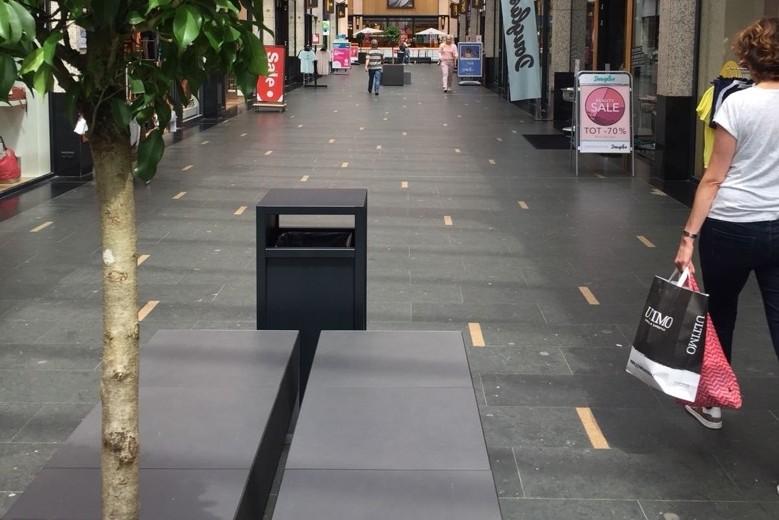 Nieuw meubilair voor winkelcentrum de Driehoek in Oldenzaal